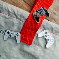 8BitDo SN30 Pro+ Game Controller Alloy Mini Badge
